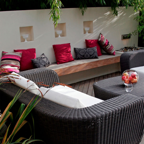 outdoor living space design and makeovers london and surrey